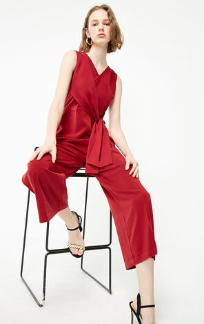 Vero Moda 2019 Spring New Women's V-neckline Sleeveless Jumpsuit