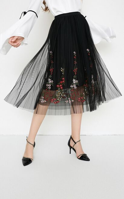 Vero Moda Women's Two-tiered Gauzy Embroidered Skirt|318216505, Black, large